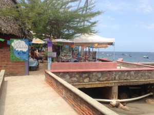 Cafe Bahia - a nice breakfast place overlooking the town beach