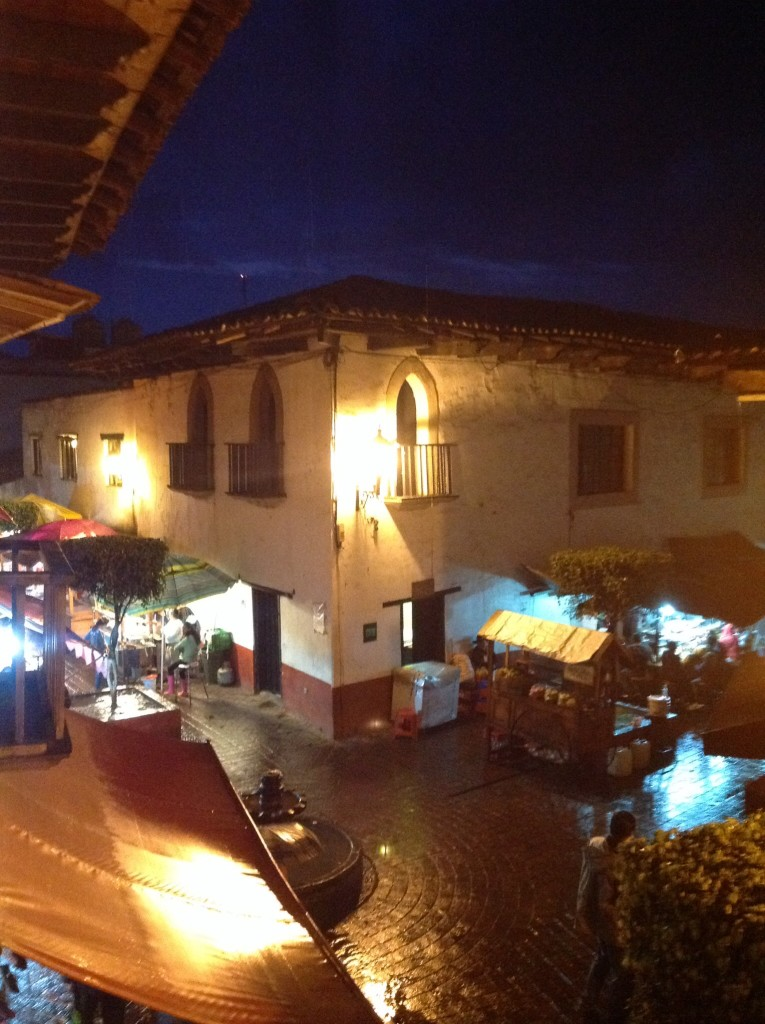 The food stands right below our balcony - Rick fell in love with some hot flautas offered us here.