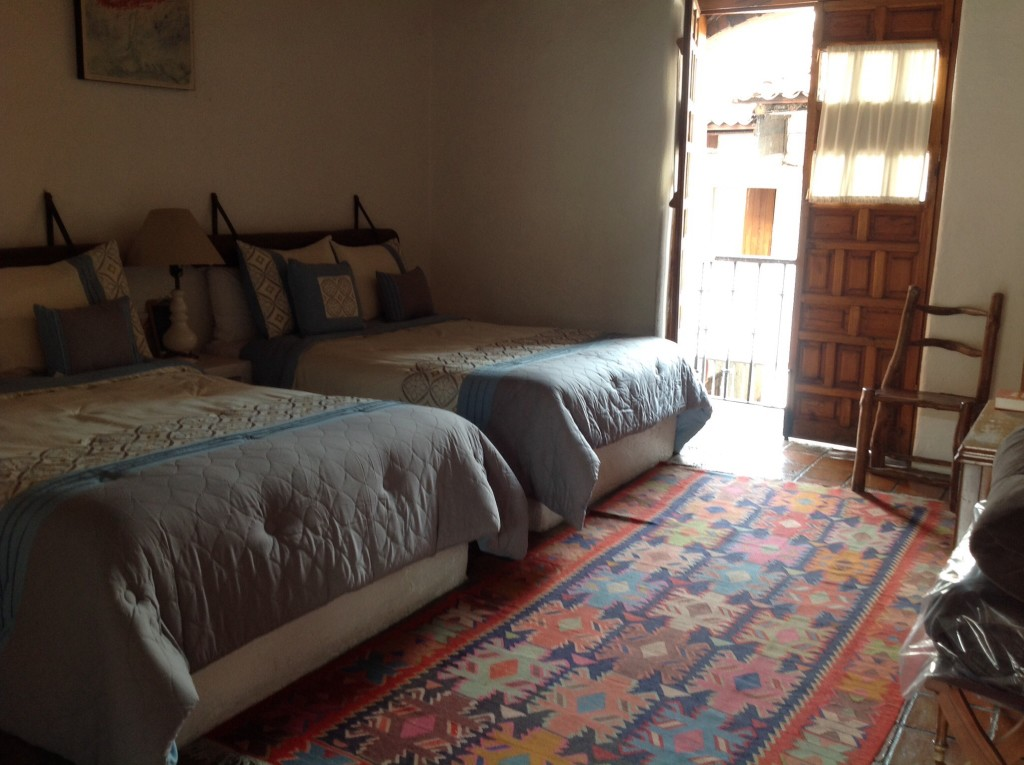 Our comfy bed with balcony in Valle de Bravo