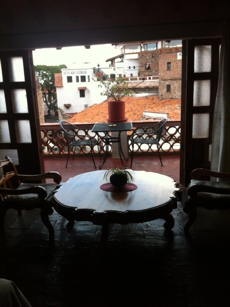 The sitting area in our room at La Casita